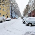 冬用タイヤ・凍結防止剤・・・冬のドライブで気をつけるべきこと